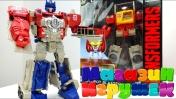 Оптимус Прайм и Автобот Бластер в магазине игрушек
