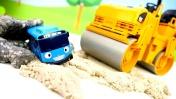 Машины-помощники для малышей— Игры смашинками - Автовоз, Эвакуатор, Каток, Грейдер