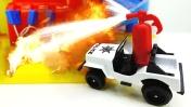 Машины -Помощники: Тягач и Прицеп с водяной пушкой