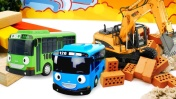 Игрушки для детей: машинки помощники и Автобус Тайо. Дорожные работы