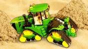 Распаковка и игры с машинками. Видео про трактор и игрушки для детей.