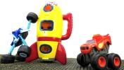 Игры для мальчиков -  Машинки Вспыш и Крушила на Луне