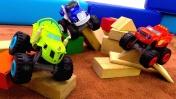 Видео для детей - Вспыш и гонки машинок на трассе