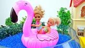 Видео для девочек - Штеффи и Челси чистят бассейн