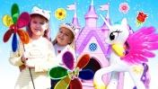 Принцессы и волшебные цветы. Видео для девочек: Мы - принцессы.