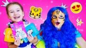 Играем в Салон красоты с куклой и детской парикмахерской - Две принцессы - Игры для девочек
