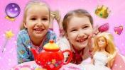 Принцессы и волшебный завтрак. Видео для девочек: игры для детей.