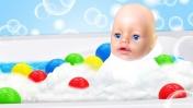Игры с Беби Бон в ванной - как мама. Видео для детей, шоу Беби А.