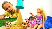 Видео для девочек - Барби везет Литл Пет Шоп на море