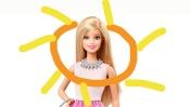 Видео для девочек - Кукла Барби и игры в конструктор