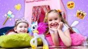 Домик для игр. Детское видео: Мы - принцессы. Игры для девочек.