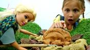 Видео для девочек - Кукла Барби на раскопках