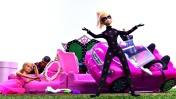 Хлоя и Барби на конкурсе красоты. Мультики для девочек