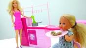 Видео про кукол Барби - Штеффи не хочет обедать