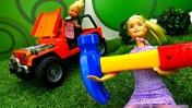Видео для девочек - Барби видит будущее. Видео для детей с куклами
