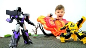 Автоботы гоняют по пустыне! Роботы Трансформеры для мальчиков