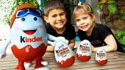 Ищем шоколадное яйцо Киндер сюрприз. Игры для детей