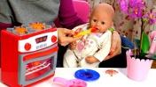 Беби Анабель: Готовим кашу для Аннабель. Видео с куклами - Мультики для девочек Как мама