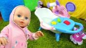 Игры для девочек с Беби Бон - Новая ванна для куклы Анабель. Видео с куклами