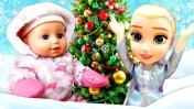 Про Беби Бон и Эльзу (Холодное сердце). Снег для Беби Бон - Наряжаем елку. Видео для девочек