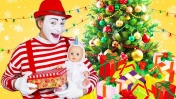 Распаковка Новогодних ПОДАРКОВ с Беби Бон и Мимом! Видео для детей Как мама