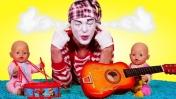 Беби Бон играет на гитаре! Детская музыка - Смешные видео с Мимом - Мультики для малышей