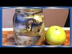 Малосольная скумбрия с яблоком и луком в банке, это нужно попробовать , очень вкусно!