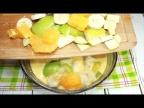 С фруктами получается еще вкуснее. Насыщенный фруктовый вкус и аромат в знакомом рецепте