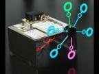 Как сделать мини машинку для пузырей из коробки от CD/DVD своими руками
